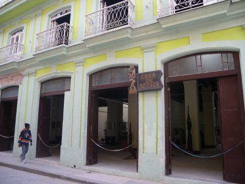 Fachada de la Casa de África, en La Habana