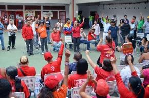 """No hay que volver a la normalidad. Breve respuesta a los """"intelectuales de izquierda"""" sobre la situación enVenezuela."""